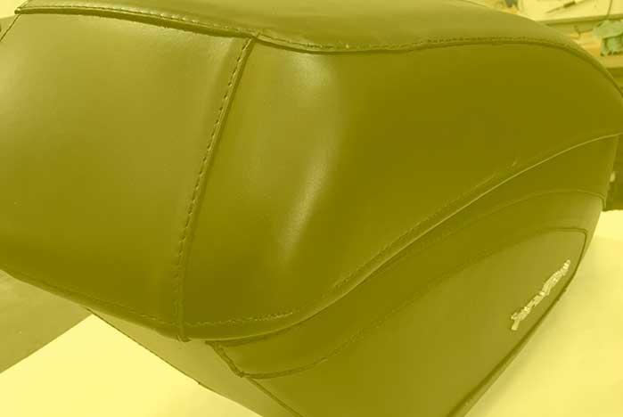 Restauracion de maleta de piel para moto en Valencia · ARG Restauracion c