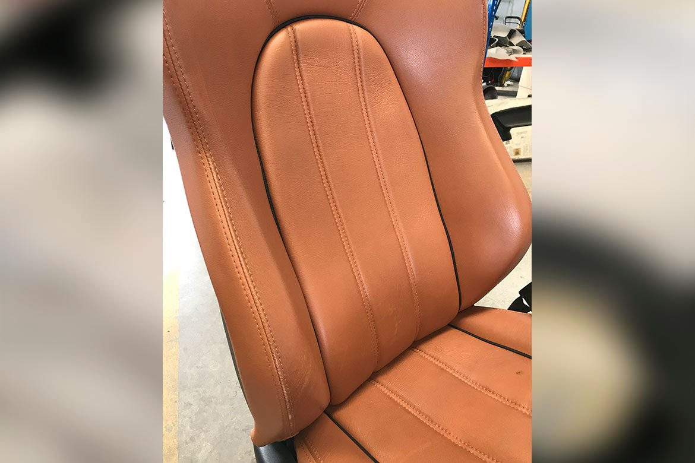 ARG-Restauracion-asientosdepiel-desgaste-Maserati-1